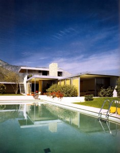 Kaufmann house by Richard Neutra 1946-47 (after restoration work in the 1990s). Photo Julius Schulman.